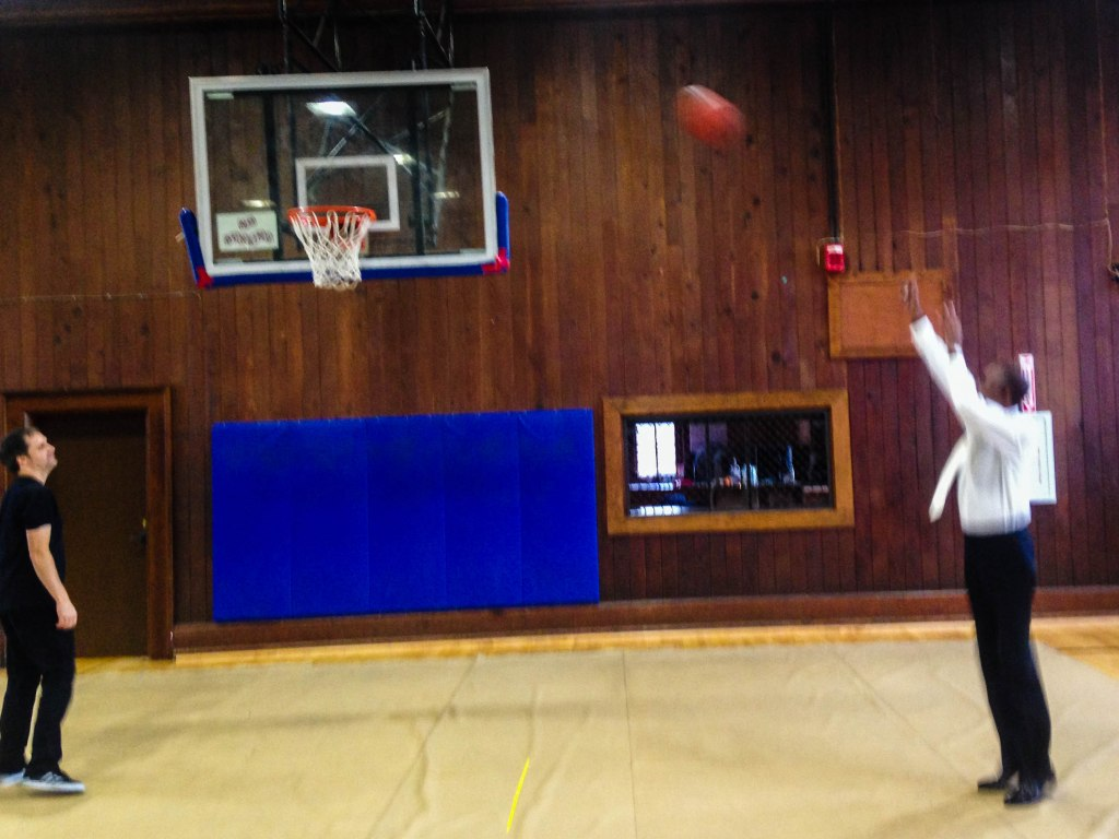 Ron & Skerik shooting hoops before the White Center performance.